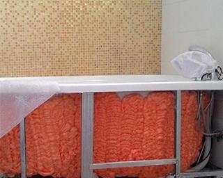 Polynor для тепло и звукоизоляции стальной ванной